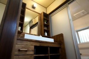 天然木の造作洗面化粧台事例写真 所沢市小手指南