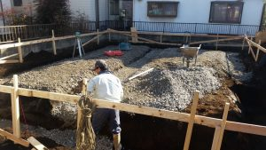 所沢市緑町で天然木の家注文住宅基礎工事施工中 砕石地業