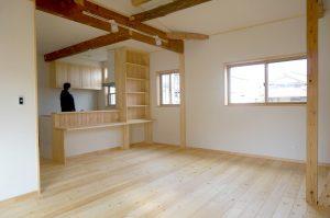 埼玉で無垢の家のリノベーション住宅事例写真 リビング
